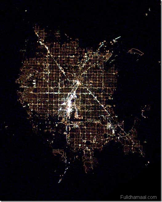 Metro cities from outer space need4u el paso texas on the us side of the rio grande is marked by brightly lit interstate highway i 10 that cuts across the city it is bordered by ciudad voltagebd Image collections